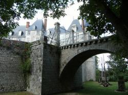 le château de St Brisson, les machines de guerre.jpg